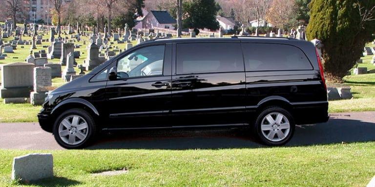 Заказать катафалк на похороны